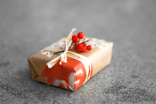 Organic creative gift wrapping from Fair Ivy